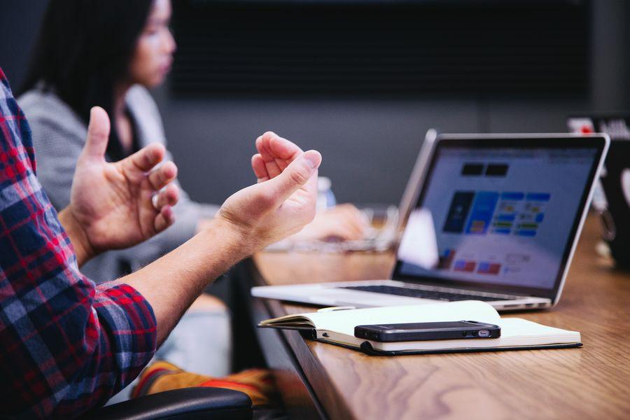 Kurz: ONLINE: Vedenie porád a skupinové rozhodovanie online