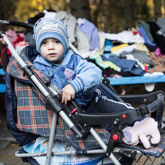 Natreté lavičky, pomoc presídlencom, samosprávnosť a národná identita. Čo získala ukrajinská občianska spoločnosť po Majdane?